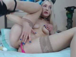 cuuuteeeblonde  webcam sex