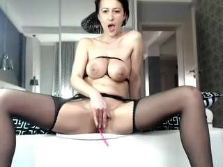 carmela_fox  webcam sex