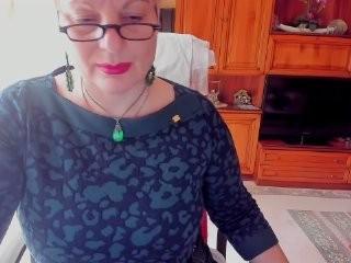 ladylola10  webcam sex