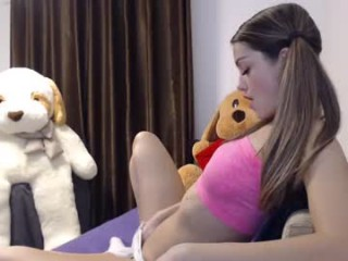 chloe_kitty broadcast cum shows featuring this hottie shamelessly getting an incredible orgasm