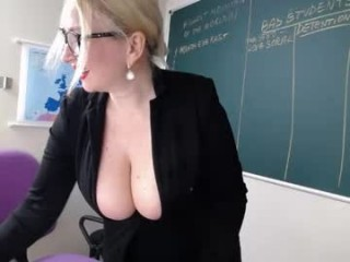 schoolteach has an ohmibod that lets you control her orgasms while she's shamelessly masturbating