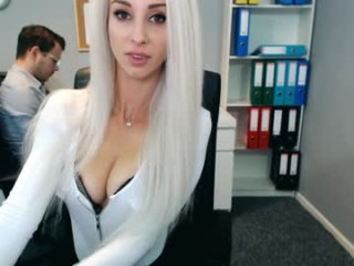 perfectview has an incredible set of big tits that looks amazing and a pussy that's constantly wet