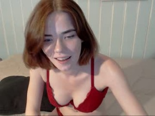 triniti_banxx broadcast cum shows featuring this hottie shamelessly getting an incredible orgasm