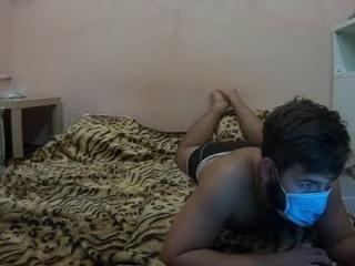 lola_bunny94  webcam sex