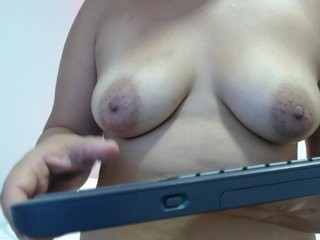 jennyhenn  webcam sex