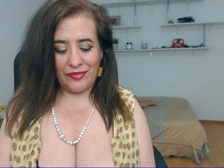 madamenora  webcam sex