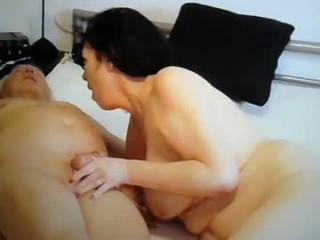 w_i_ll_m_a_2_4_0_3  webcam sex