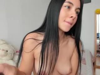 lau_xoxo  webcam sex