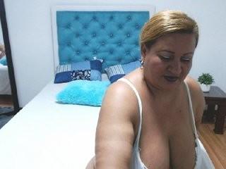 dominicmilf  webcam sex