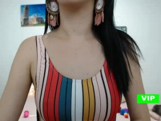 olivia_dalessandro takes off her sexy, skimpy and revealing bra to fuck her holes with massive toys