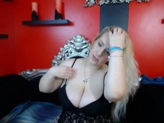 larrrblondy  webcam sex