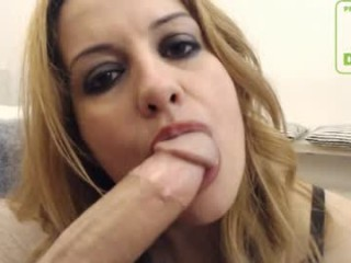 oraljessie broadcast deepthroat a massive cock or a big dildo during a private show