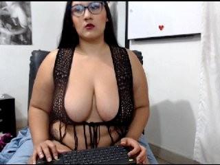karoltits  webcam sex
