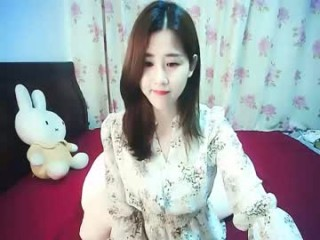 coco_baby5 broadcast cum shows featuring this hottie shamelessly getting an incredible orgasm