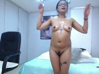 indra-hot  webcam sex