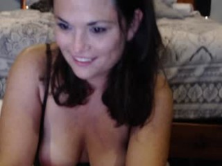 meghan_beggins  webcam sex