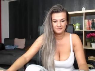 aeliss9  webcam sex
