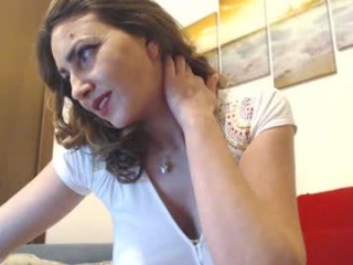 kitty_mya69 broadcast giving a sloppy, deep blowjob during one of amazing cum shows