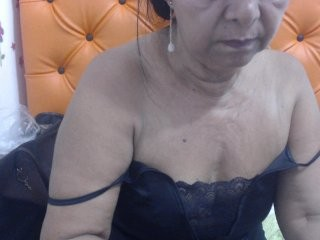 supermilf39  webcam sex