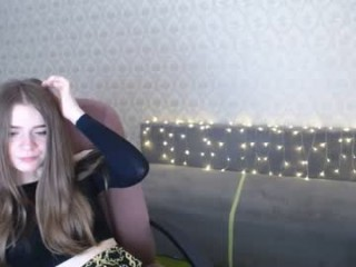 pretty_suzy has a collection of slutty stockings that she loves putting on during her masturbation