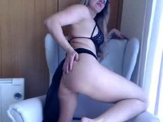 angel_danm_milf broadcast cum shows featuring this hottie shamelessly getting an incredible orgasm