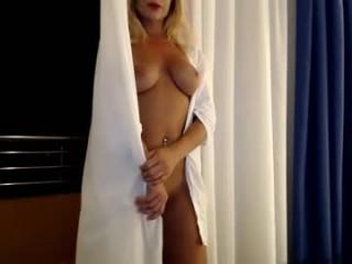 blondeflavour  webcam sex
