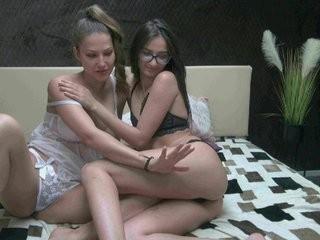 doubletr0uble  webcam sex