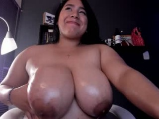 niki_vinter broadcast cum shows featuring this hottie shamelessly getting an incredible orgasm